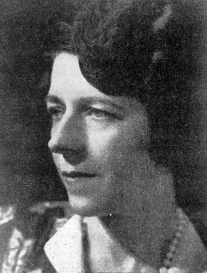 Julia Tulkens