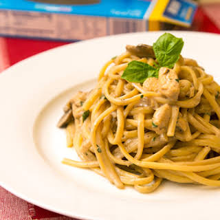 Linguine with Mushroom Marsala Cream Sauce (Adapted from Annie's Eats).
