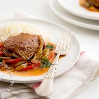 Pollo Guisado Recipe (Dominican Braised Chicken) Recipe
