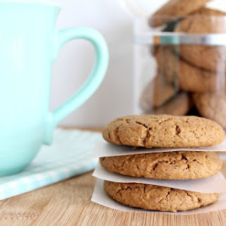 Spiced Festive Ginger & Syrup Cookies.