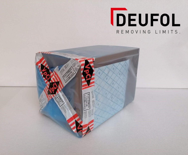 Film d'emballage VCI en rouleau. Bleu - transparent.