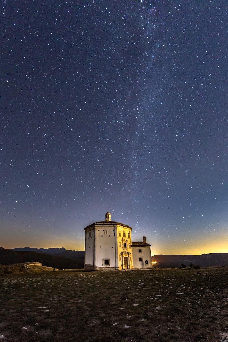 Calascio Milky Way di luigi_nespeca