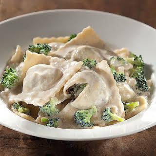 Potatoes and Porcini Mushroom Ravioli in Broccoli Cream Sauce [Vegan].