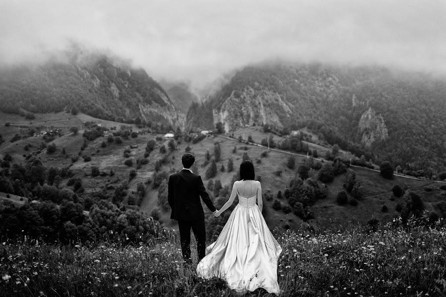 Wedding photographer Marius Barbulescu (mariusbarbulesc). Photo of 17.08.2015