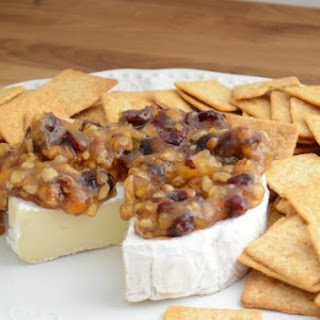 Brie With Pecans And Cranberries Recipes