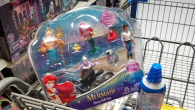 Photo: I settled on the story gift set since my daughter is crazy about imaginative play and I was sure she'd love to have all of the characters from the movie.