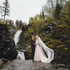 Wedding photographer Aleksandra Mazur (isgerdmazur). Photo of 06.10.2019