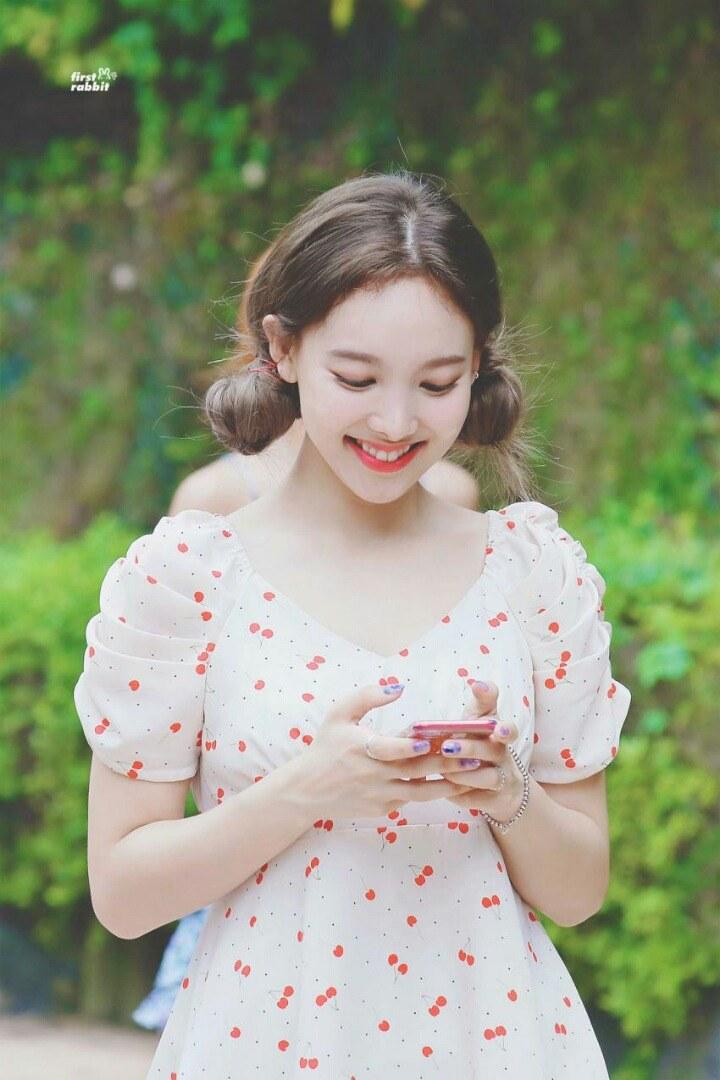 nayeon favorite dress 1