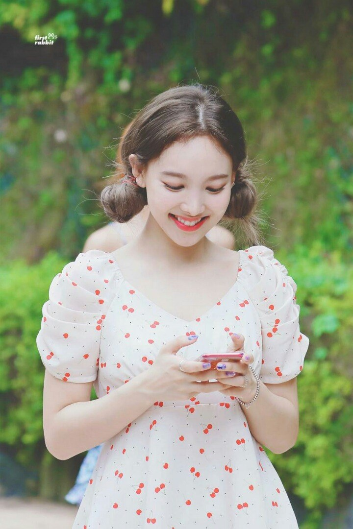 nayeon favorite dress 1