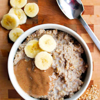 Clean Eating Peanut Butter Banana Slow Cooker Oatmeal