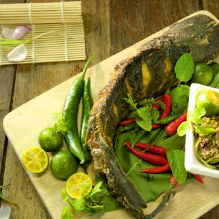 Indonesian Style Fried Catfish with Green Chillies.