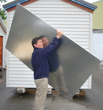 Photo: Sing Core's honeycomb metal clad panels are lightweight and easy to move or transport