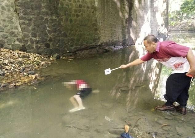 Warga Ngawi dikejutkan dengan penemuan mayat di kolong Jembatan