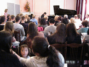 Photo: Huan Chu Mu performs his PIano Variations, May 24, 2013 Concert at Dom Druzhby, St. Petersburg