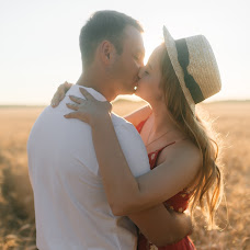 Wedding photographer Evgeniya Borkhovich (borkhovytch). Photo of 11.07.2018