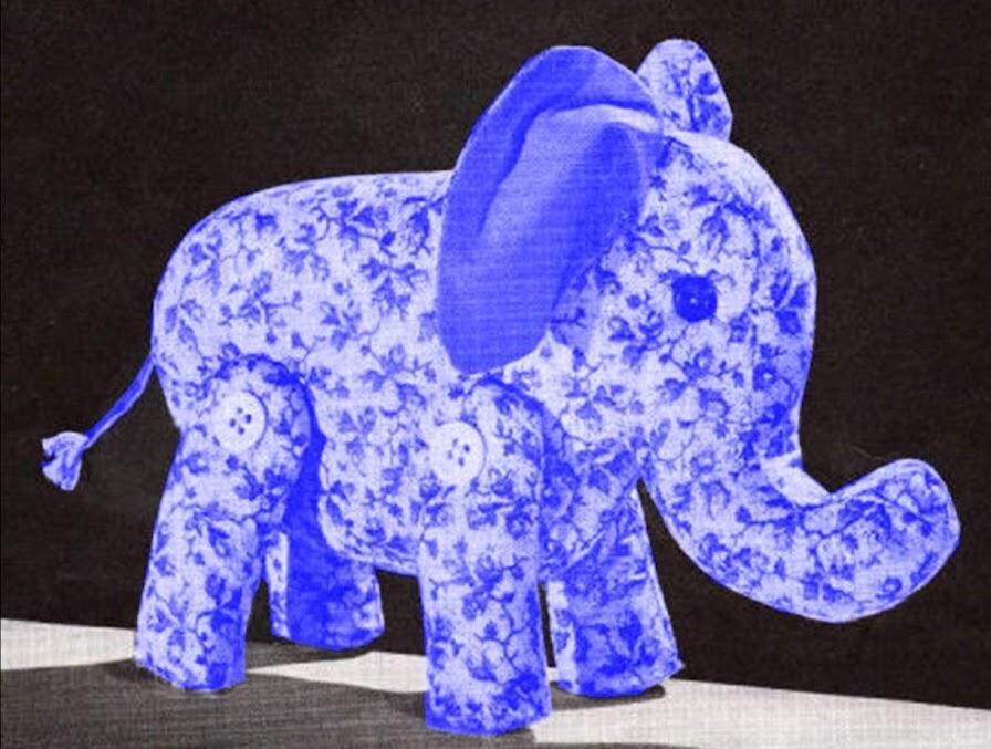 toutou éléphant jouet