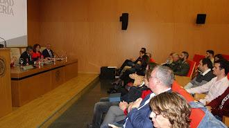 El rector de la UAL, Carmelo Rodríguez, y la decana, Encarnación Carmona, presidieron el acto