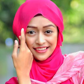 Beauty Hijab by Wahyu Tri - People Portraits of Women