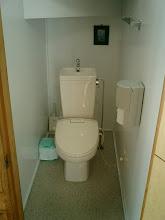 Photo: 1階 トイレ 1F toilet 1层 厕所