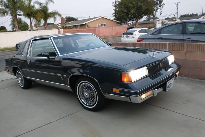 1987 oldsmobile cutlass supreme Brougham coupe Hire CA