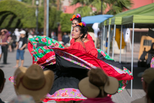 Dancers-5.jpg - A local dance group kicked off the daytime festivities.