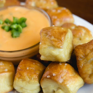 Pretzel Bites with Cheesy Jalapeno Dip