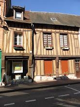 Photo: L'une des nombreuses maisons à colombage des Andelys.