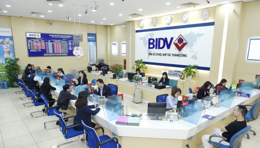 rút tiền mặt thẻ tín dụng BIDV