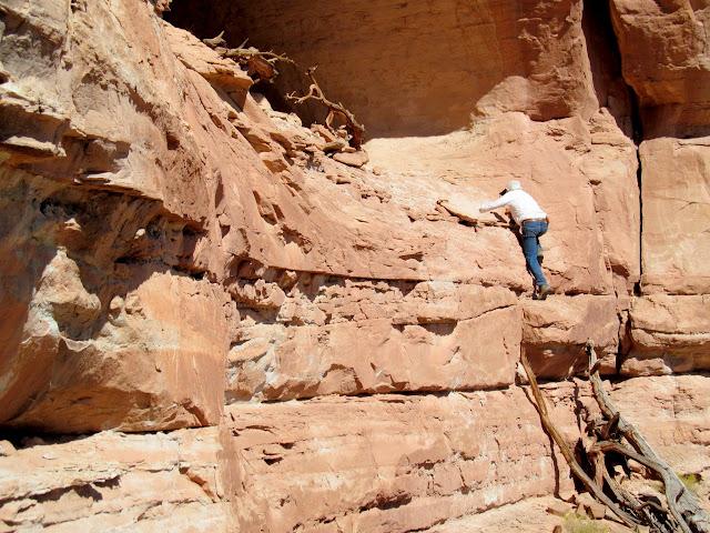 Climbing into the alcove
