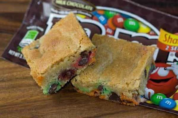 M & M Cookie Bars