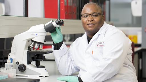 Dr Sinaye Ngcapu