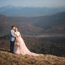 Wedding photographer Marina Tunik (marinatynik). Photo of 07.02.2018
