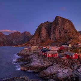 Hamnøy, Lofoten. by John Aavitsland - Landscapes Travel