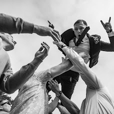 Wedding photographer Roman Zhdanov (Roomaaz). Photo of 16.07.2018