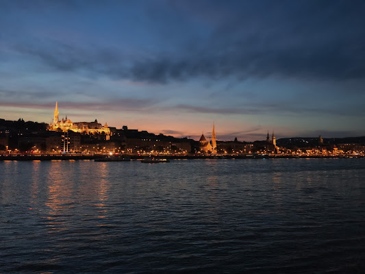 One evening in Budapest di Giorgia_79