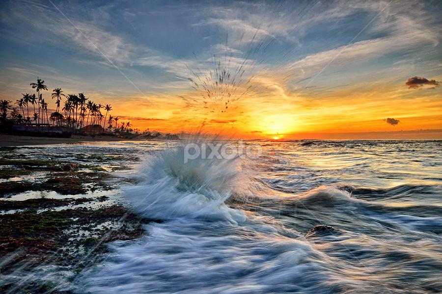 Manyar Splash by Hendri Suhandi - Landscapes Beaches ( bali, beach, sunrise )