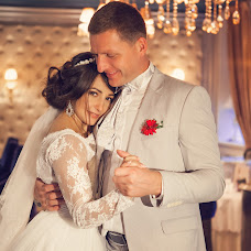 Wedding photographer Anna Putina (putina). Photo of 09.04.2018