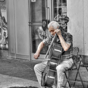 Base Player by Guy Longtin - People Street & Candids