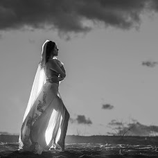 Wedding photographer Krizia Guerrero (fotografiakgb). Photo of 06.04.2016
