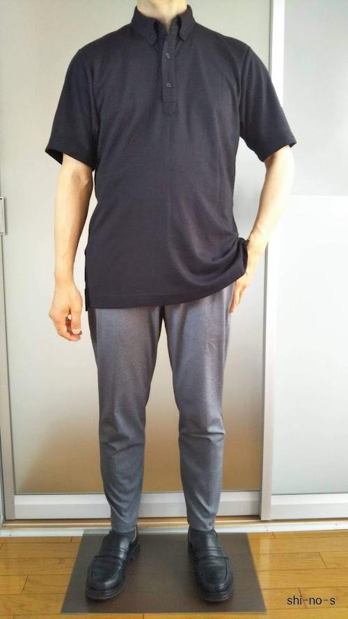 黒いポロシャツのクールビズコーデ