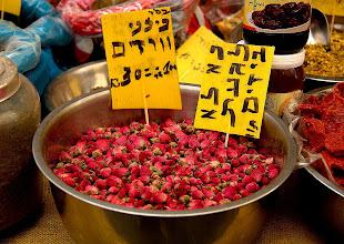 Photo: market scenes
