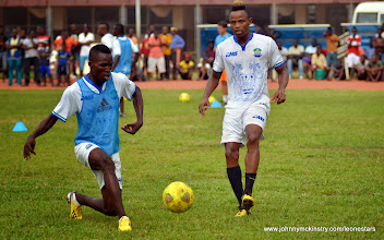 Photo: Kabba Tucker and Sheriff Suma   [Training camp ahead of Leone Stars v Seychelles Game in Freetown on 19 July 2014 (Pic: Darren McKinstry)]