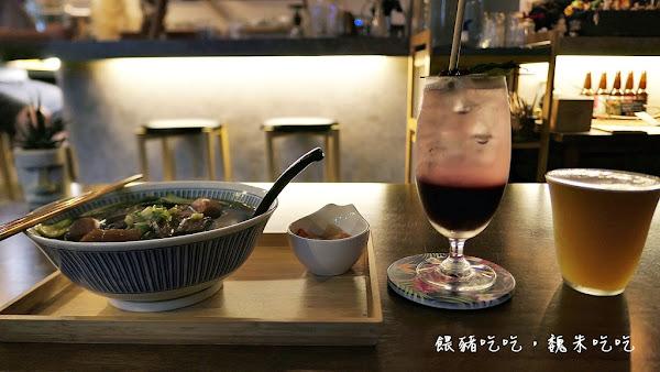 |台中北區|  Coffury Studio No.71  |  深夜咖啡、咖哩、牛肉麵,老闆好忙