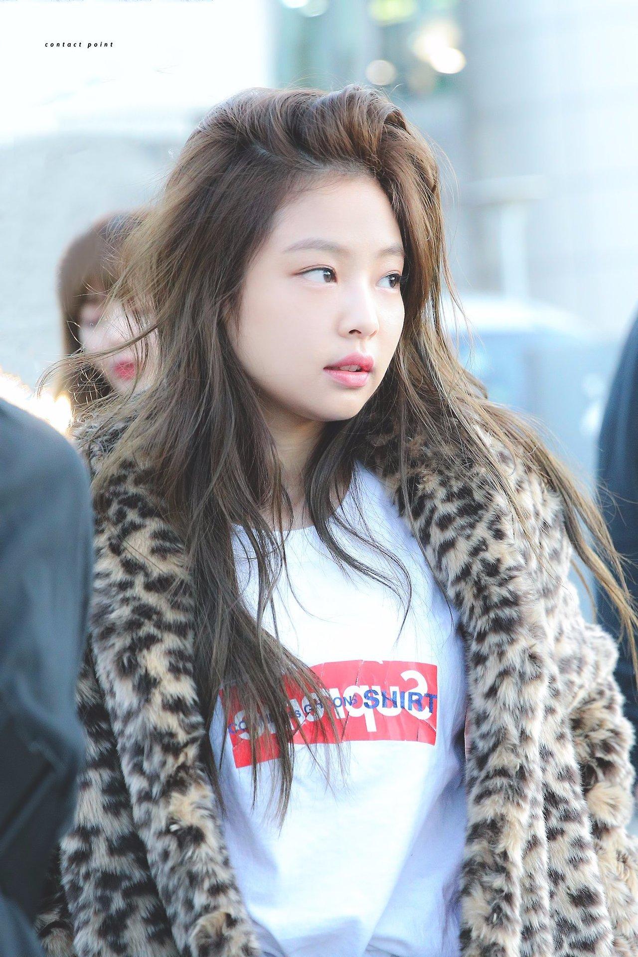 BLACKPINK Jennie Without Makeup | De De Tillman Kpop-Kdrama-Asian