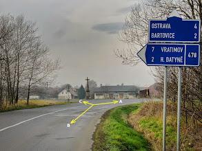Photo: ŠENOV, KŘIŽOVATKA (A) - trasa směr Vratimov, přes les Důlňák, OV - huť Arcelor Mittal (B) trasa směr Havířov, výchozí bod (C) silnice směr Václavovice, Vratimov