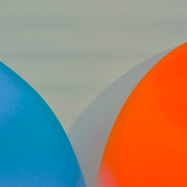 by Eirin Hansen - Abstract Macro