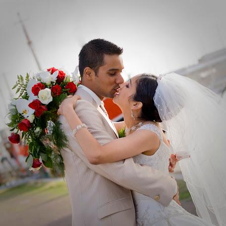 Wedding photographer Henry Badeloe (badeloe). Photo of 05.02.2014