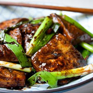 Simple Braised Tofu 醬燒豆腐.