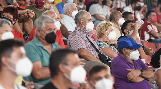 ¿Cuántos abonados podrán asistir el sábado al Almería-Málaga?