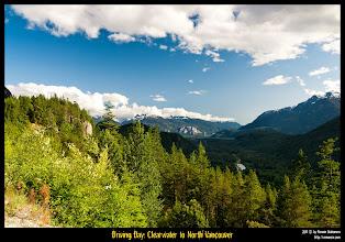 Photo: En un apeadero de la Sea to Sky Highway que une Vancoucer con Whistler.